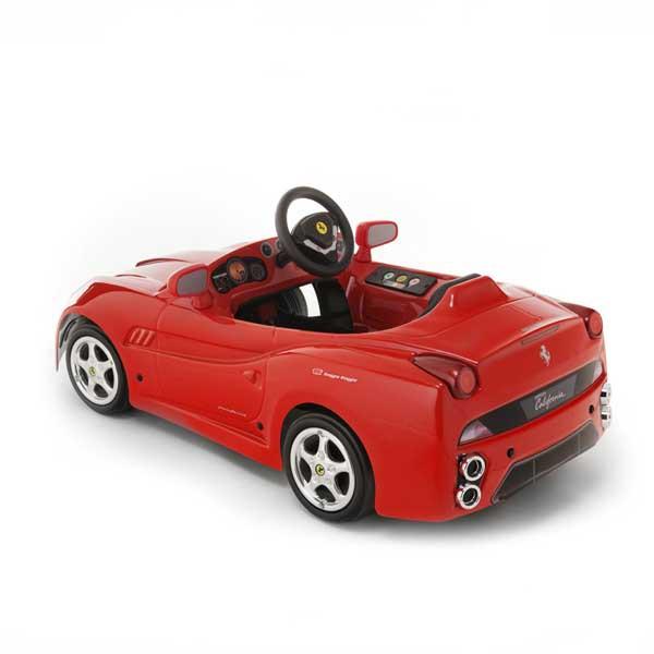 Детская педальная машина Toys Toys Ferrari California